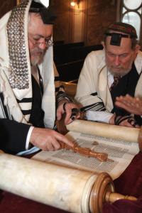 Marele Rabin Menachem Hacohen și Rabinul Avraham Ehrenfeld